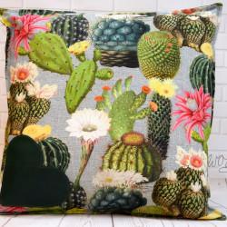 """Handgemaakte kussen """"cactussen"""" 8 50x50 cm"""