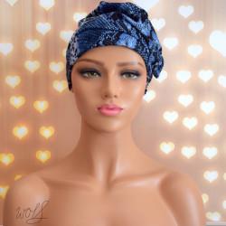 Handgemaakte chemo muts Barbara maat M blauw met bloem