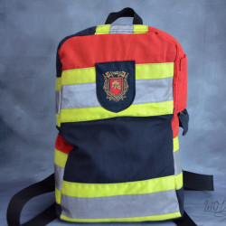 Stoere handgemaakte brandweertas of rugtas met rode details