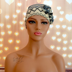 Handgemaakte chemo muts Beyonce in crème en grijs maat S
