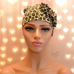 Handgemaakte chemo muts Beyonce in een bruine panter print maat M