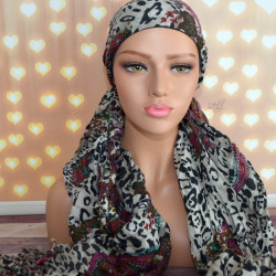 Handgemaakte chemo muts met sjaal Bella zwart creme maat S.
